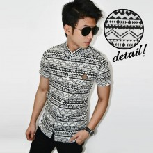 Kemeja Short Monochrome Tribal White