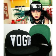 Topi Snapback VOGUE Black