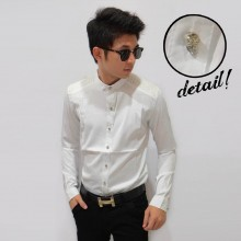 Kemeja Plain Button Skull White