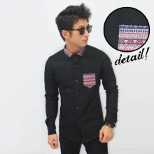 Kemeja Emboss Neck Tribal Black