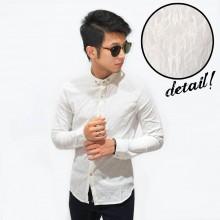 Kemeja Luxury Emboss Pattern White