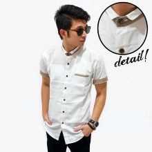 Kemeja Short Pocket List White