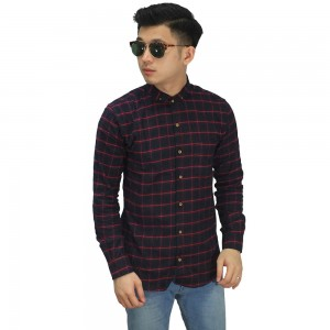 Kemeja Flanel Red Square In Black